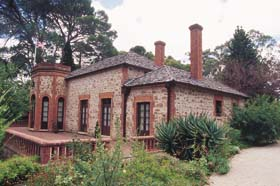 Old Government House - Byron Bay Accommodations