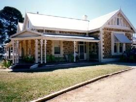 The Pines Loxton Historic House and Garden - Byron Bay Accommodations