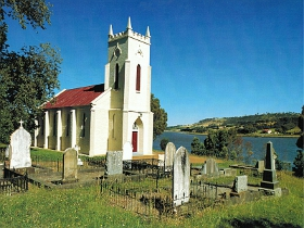 St Matthias Anglican Church - Byron Bay Accommodations