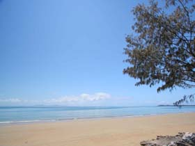 Blacks Beach - Byron Bay Accommodations