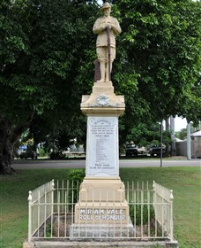 Miriam Vale War Memorial - Byron Bay Accommodations