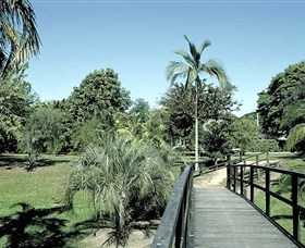 Ingham Memorial Gardens - Byron Bay Accommodations