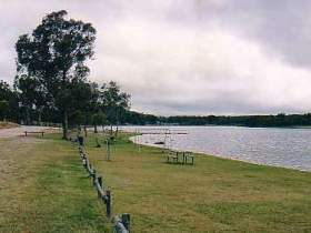 Storm King Dam - Byron Bay Accommodations