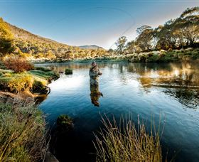 Fly Fishing Tumut - Byron Bay Accommodations