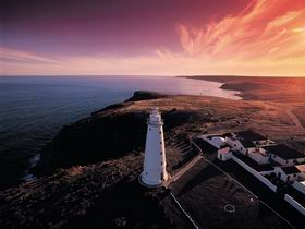 Cape Willoughby Lightstation - Cape Willoughby Conservation Park - Byron Bay Accommodations