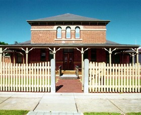 Wentworth Courthouse - Byron Bay Accommodations