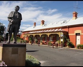 Forbes Railway Arts and Visitor Information Centre - Byron Bay Accommodations