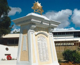 Beenleigh War Memorial - Byron Bay Accommodations
