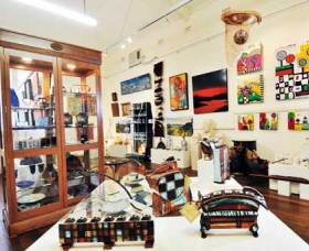 Nimbin Artists Gallery - Byron Bay Accommodations