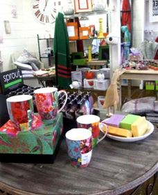 The Famous Tinonee Cafe and Gift Shop - Byron Bay Accommodations
