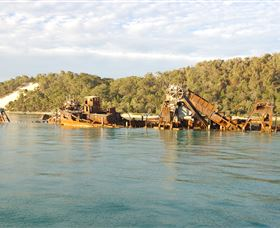 Tangalooma Wrecks Dive Site - Byron Bay Accommodations