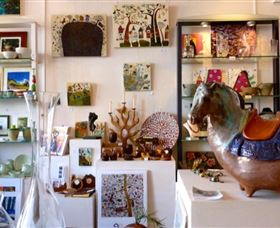 Art Aspects Gallery - Byron Bay Accommodations