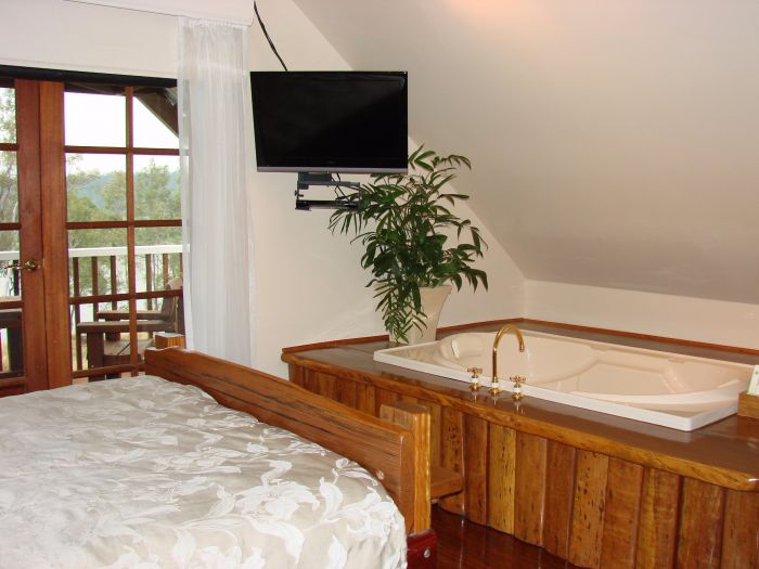 Clarence River Bed and Breakfast - Byron Bay Accommodations