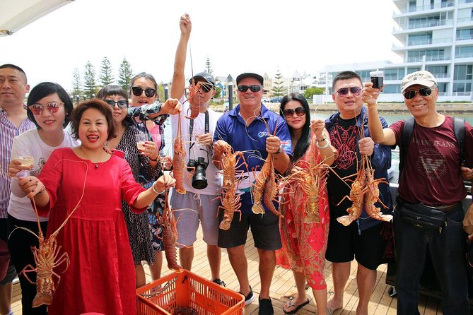 Mandurah Wild Seafood Adventure Cruise - Byron Bay Accommodations