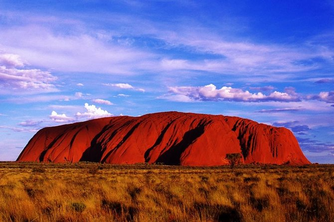 Uluru and Kata Tjuta Experience with BBQ Dinner - Byron Bay Accommodations