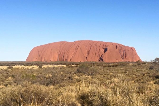 Highlights of Uluru Including Sunrise and Breakfast - Byron Bay Accommodations