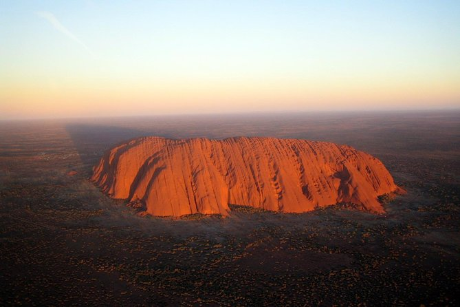 Fixed-Wing Scenic Flight from Uluru Ayers Rock - Byron Bay Accommodations