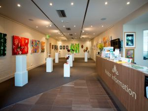Australian National Botanic Gardens Visitor Centre Gallery - Byron Bay Accommodation