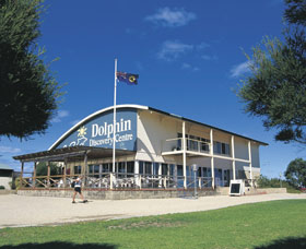 Bunbury Dolphin Discovery Centre - Byron Bay Accommodations