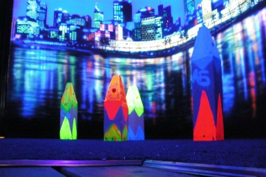 Family Fun Centres Black Light Mini Golf - Byron Bay Accommodations
