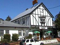 Canungra Hotel - Byron Bay Accommodations