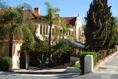 Captain Stirling Hotel - Byron Bay Accommodations