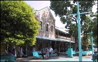 Victoria Hotel - Byron Bay Accommodations