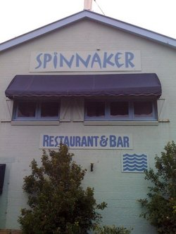 Spinnaker Restaurant and Bar - Byron Bay Accommodations