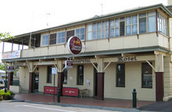 Commercial Hotel Alexandra - Byron Bay Accommodations