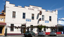 Shire Hall Hotel - Byron Bay Accommodations