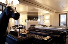 Polo Lounge - The Oxford Hotel - Byron Bay Accommodations