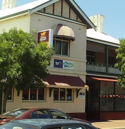 Northam Tavern - Byron Bay Accommodations