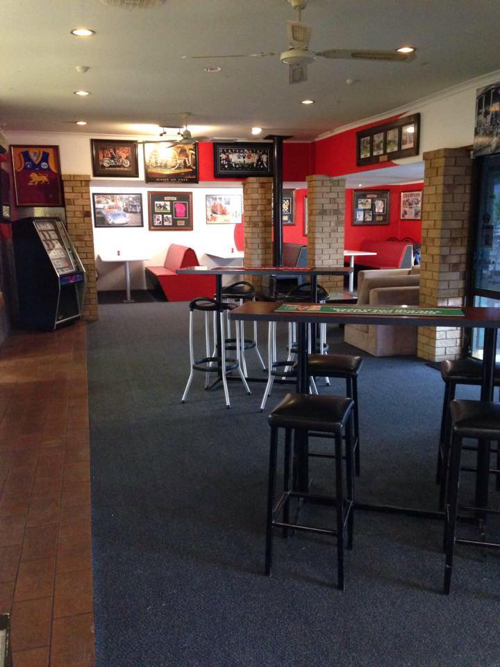 The Back Page Sports Bar  Grill - Byron Bay Accommodations