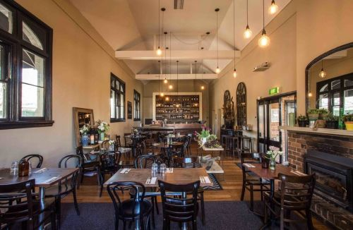 Union Bank Wine Bar - Byron Bay Accommodations