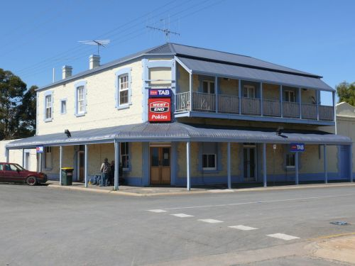 Port Wakefield Hotel - Byron Bay Accommodations