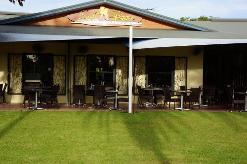 Saltnpeppa Cafe Ristorante - Byron Bay Accommodations