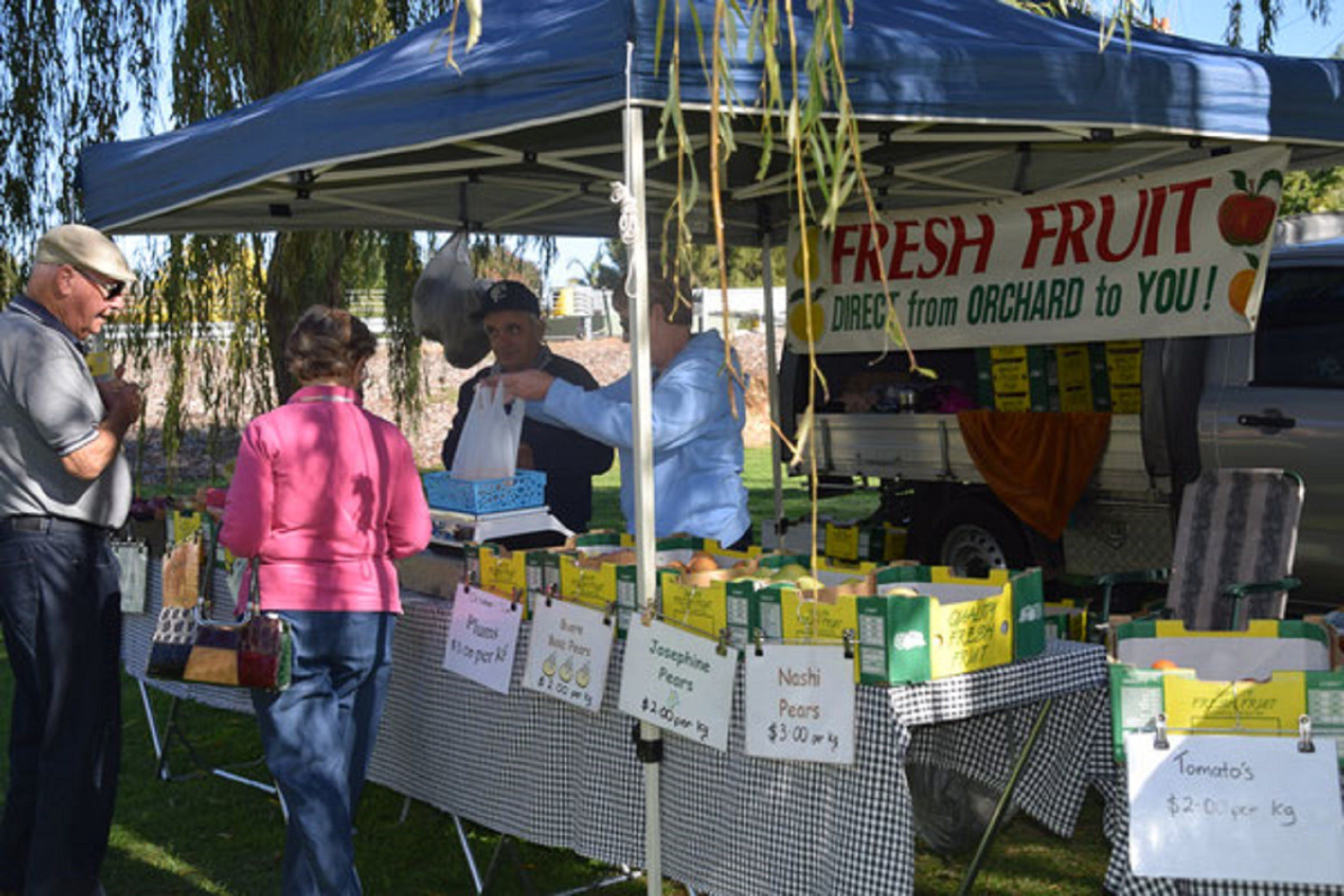 Corowa Rotary Federation Festival Market - Byron Bay Accommodations