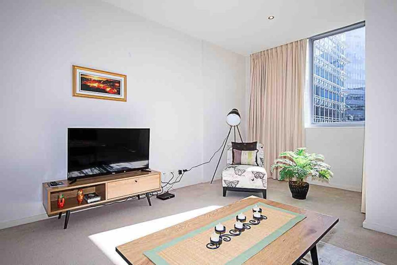 Spacious 1BR Stylish New Acton Apartment Parking - Byron Bay Accommodations