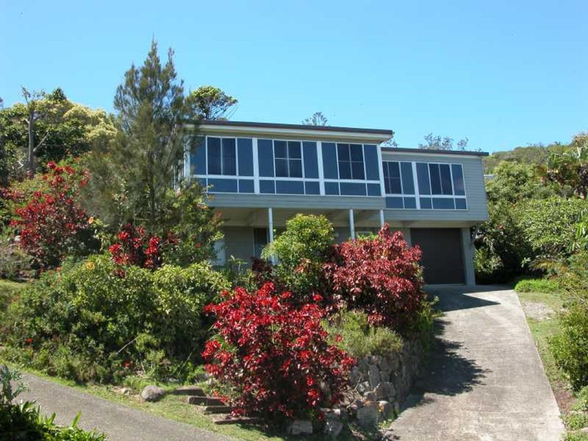 Bally High 20 Dulconghi Street - Byron Bay Accommodations