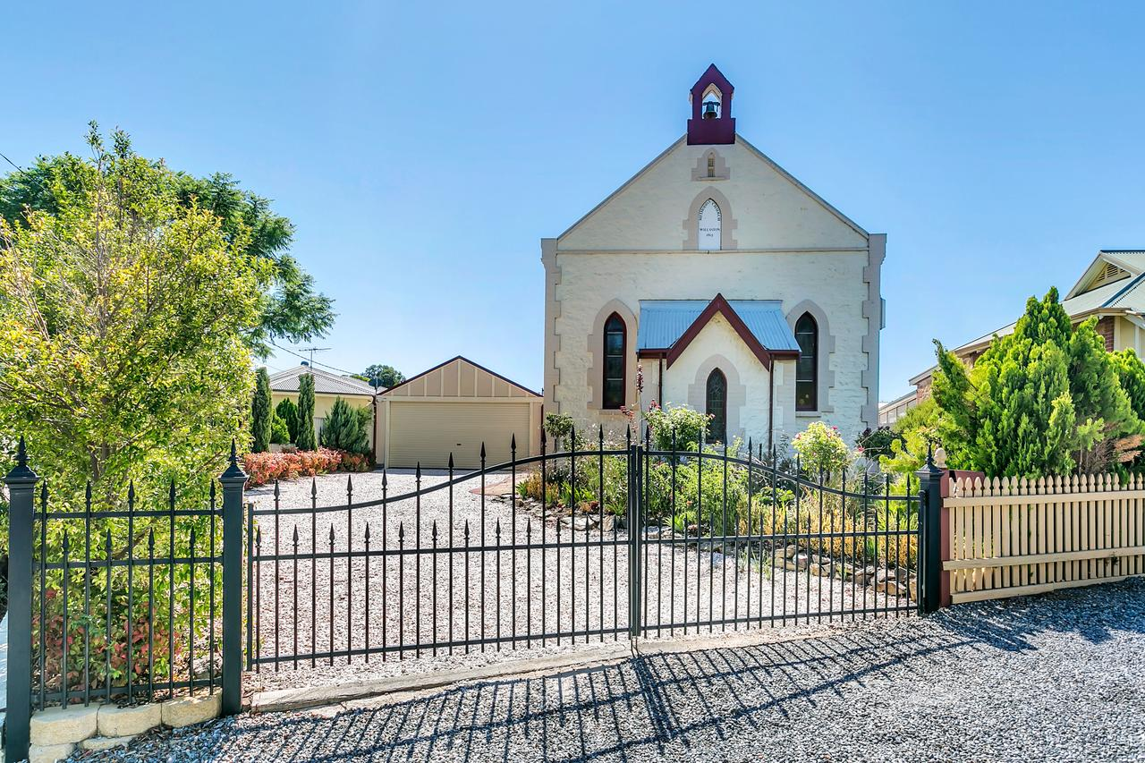 The Church - Gawler - Byron Bay Accommodations