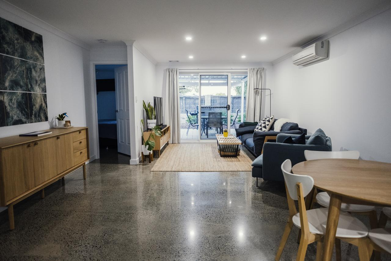 FortyTwo - Oceanside Retreat Busselton - Byron Bay Accommodations
