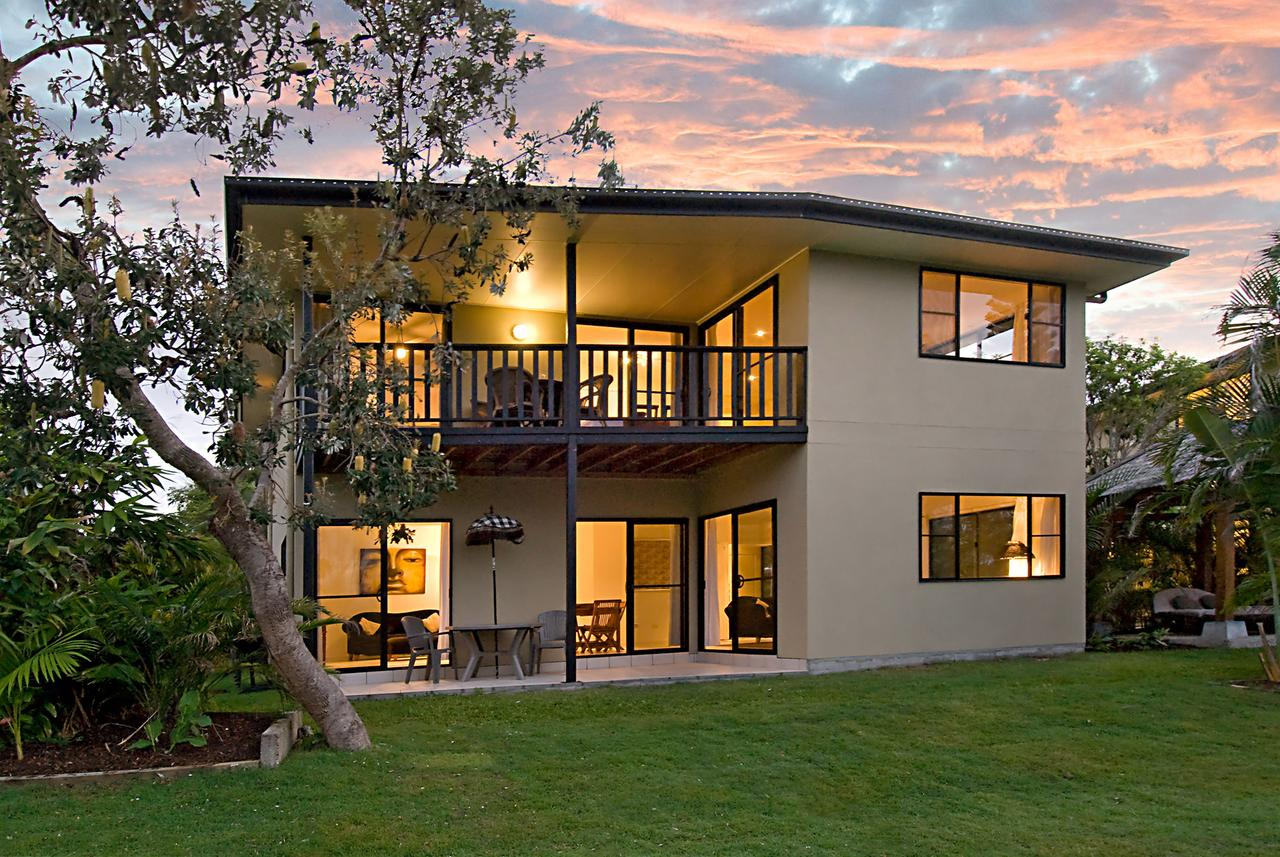 Suranadi Beach House 1 - Byron Bay Accommodations