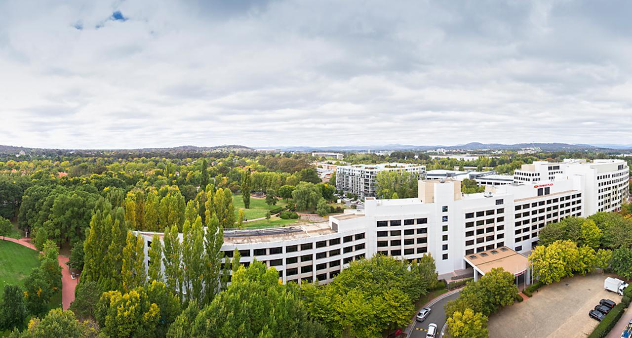Crowne Plaza Canberra - Byron Bay Accommodations
