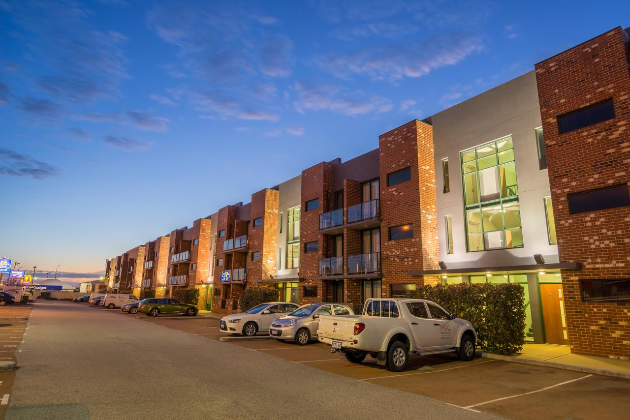 Perth Ascot Central Apartment Hotel - Byron Bay Accommodations