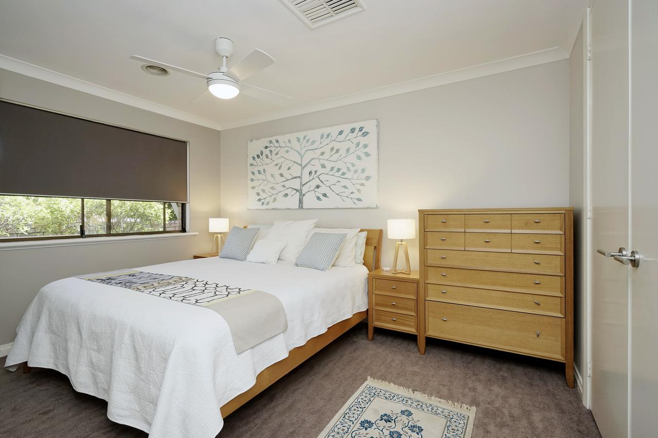 Marcus Villa Booragoon - Byron Bay Accommodations