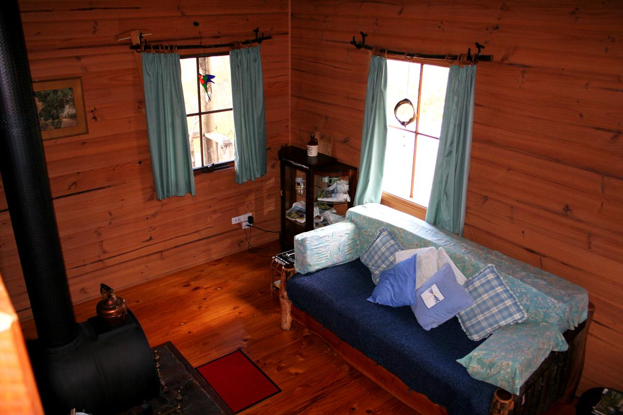 Cradle Mountain Love Shack - Byron Bay Accommodations