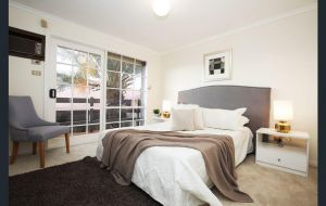 The Gallery Hours - Byron Bay Accommodation