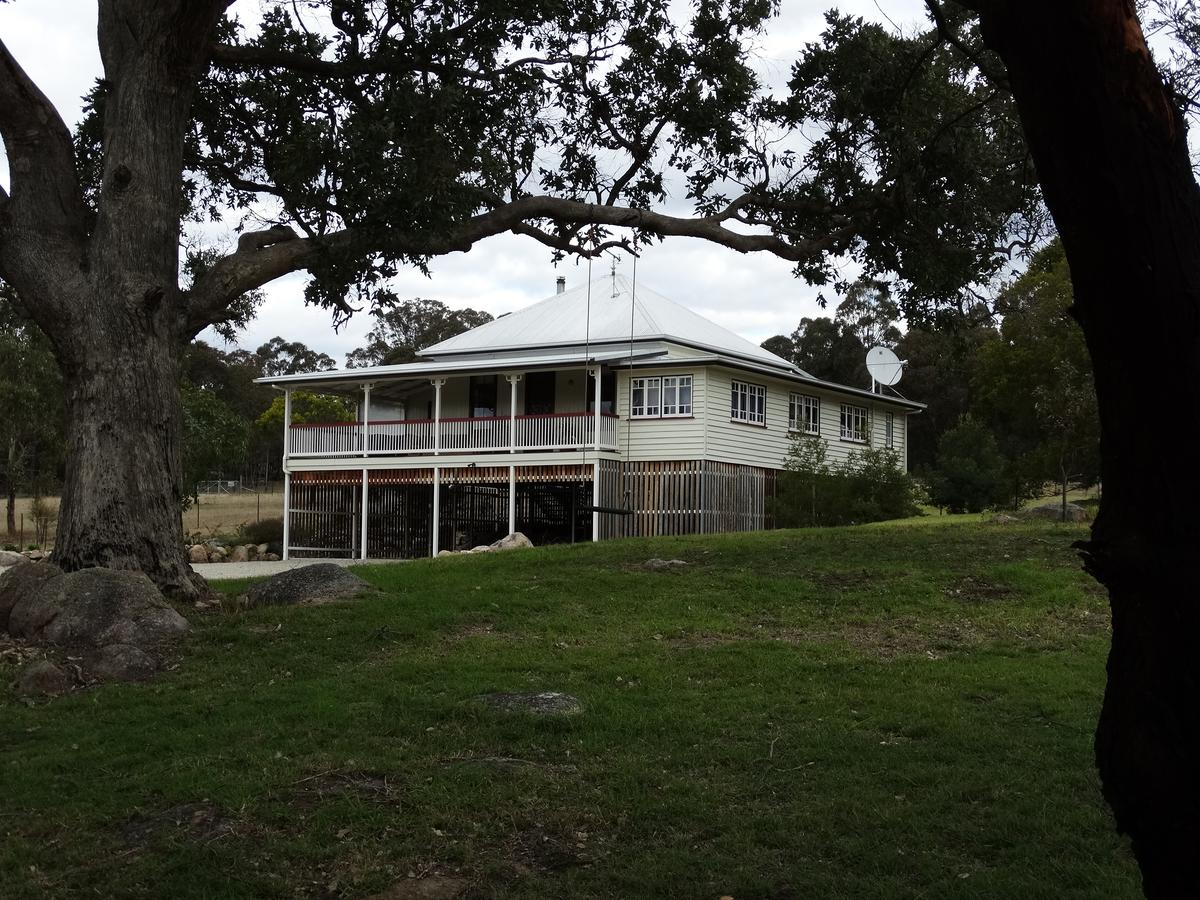Loughmore House - Byron Bay Accommodations