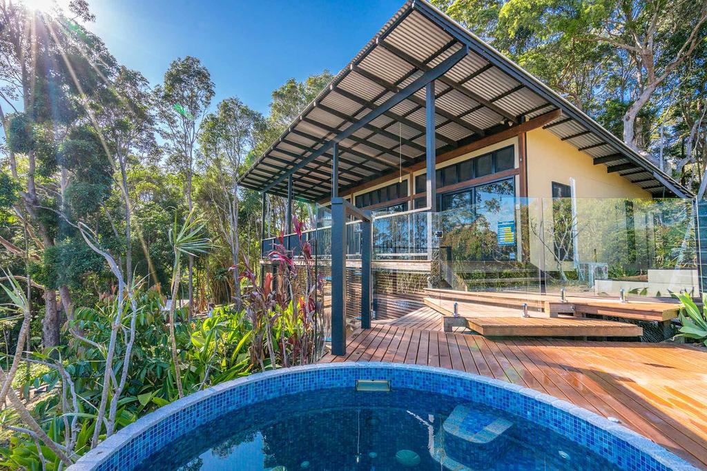 A PERFECT STAY - Ourmuli Cabin - Byron Bay Accommodation