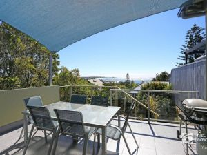 Angourie Blue 1 - Great Ocean Views - Surfing beaches - Byron Bay Accommodation